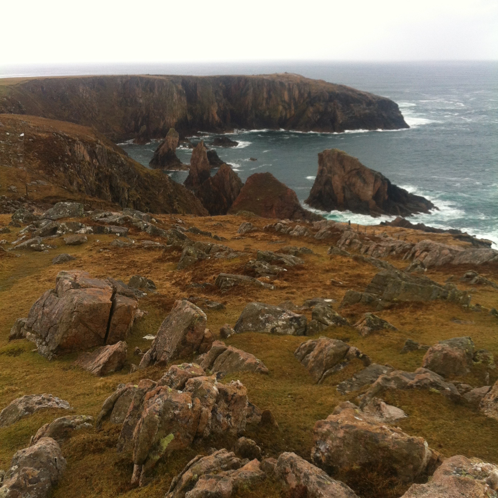 View from Geodha Sgoilt towards the sea stacks, Uig, Isle of Lewis. Image Credit: George Jaramillo